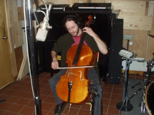 Jonah Sacks on Cello during the Vis-a-vis sessions.